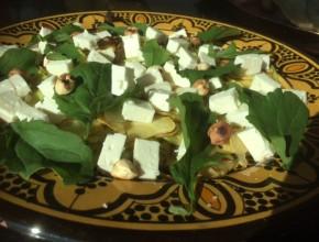 salade met hazelnoten